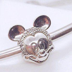 📿Disney Mickey Mouse Pavé Clip Charm